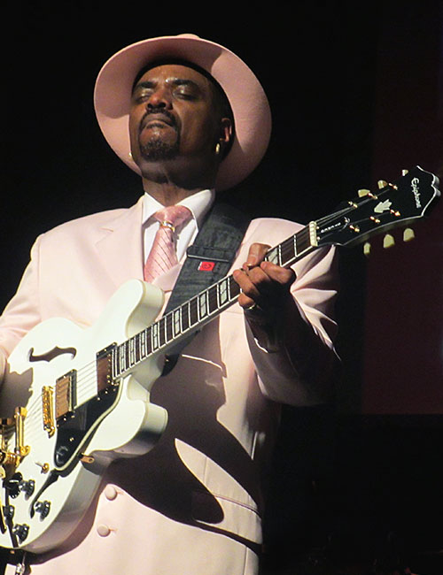 Nick Colionne and his Epiphone ES-345