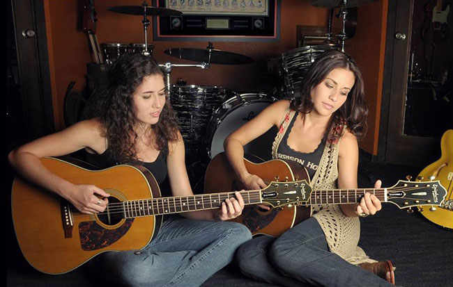 The Baron Sisters Kick Off Summer Tour With Epiphone