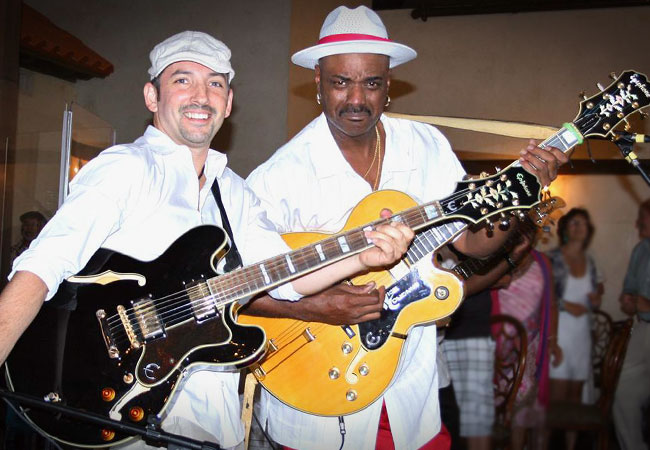 Matt Marshak and Nick Colionne Share The Stage In New York
