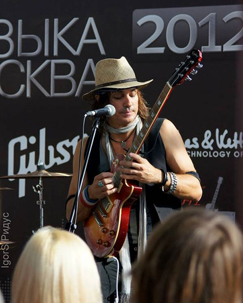 Epiphone Rocks Music Moscow 2012
