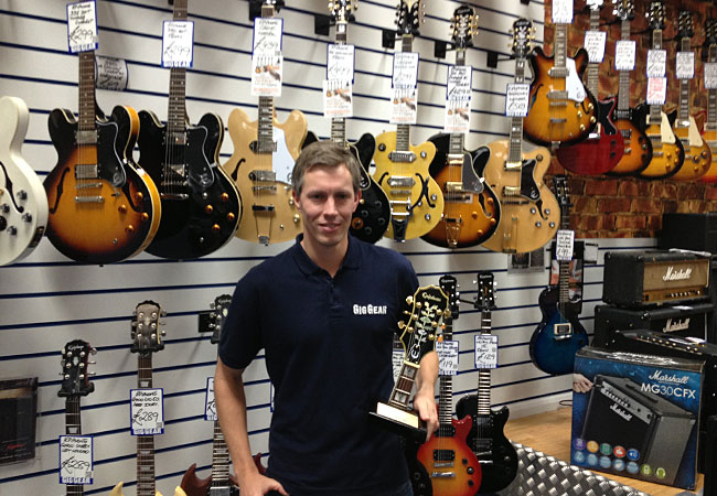 Gig Gear Receives Epiphone Dealer Award