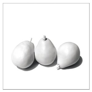 Dwight Yoakam Returns with 3 Pears