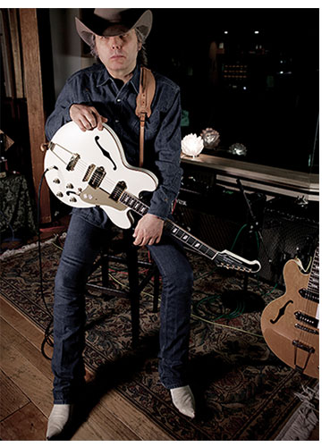stream dwight yoakam 39 s a heart like mine. Cars Review. Best American Auto & Cars Review