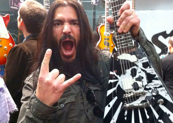 Robb Flynn and his Epiphone Love/Death Flying V