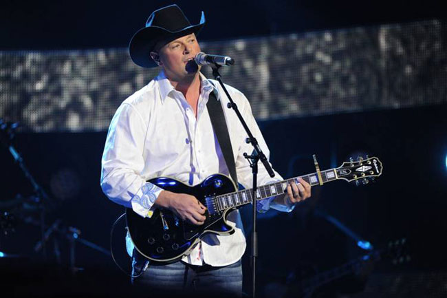 Gord Bamford Wins Big at 2013 Canadian Country Music Awards Show