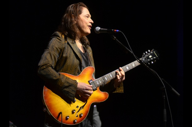 Robben Ford Brings Epiphone to Mountain Stage