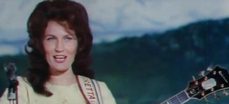 Loretta Lynn, Honky Tonk Girl