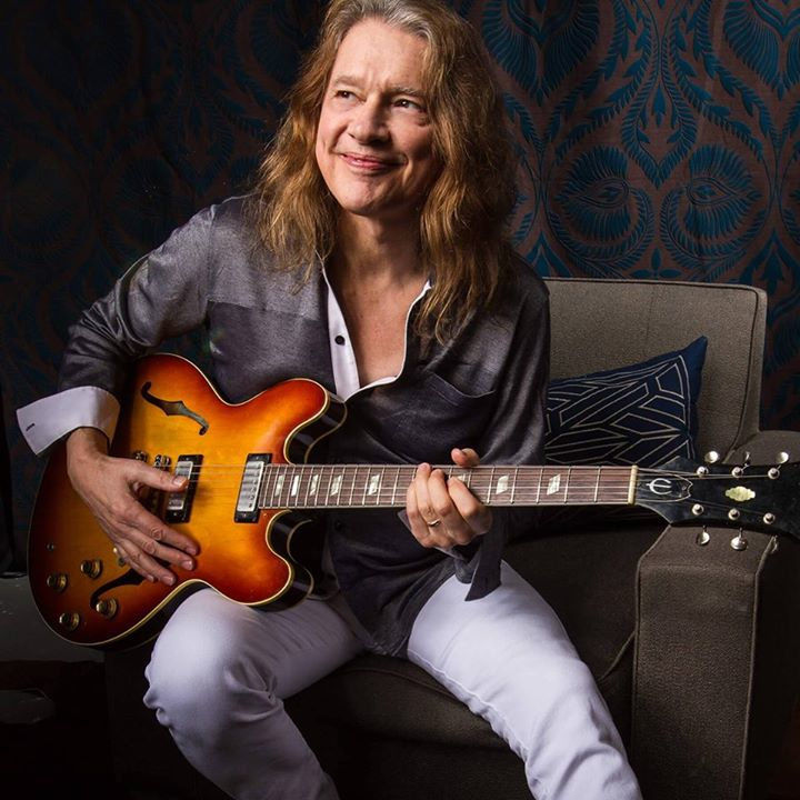 Robben Ford in the Purple House