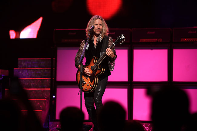 Tommy Shaw and his Epiphone Casino