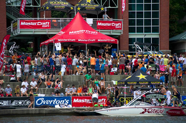 Epiphone Sponsored 2012 MasterCraft Pro Wakeboard Tour Concludes In Knoxville, TN