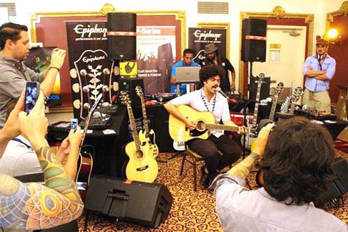 Epiphone Sponsors 2013 Latin Alternative Music Conference