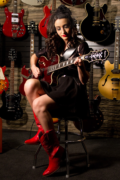 Lindi Ortega Visits Epiphone Headquarters in Nashville